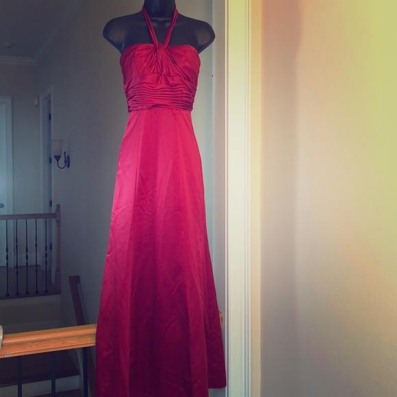 David's Bridal Dresses & Skirts - DAVIDS BRiDAL sz 2 red bridesmaid dress apple